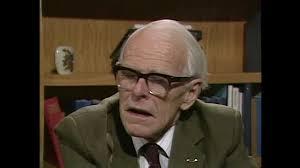 Dr Denis P Burkitt